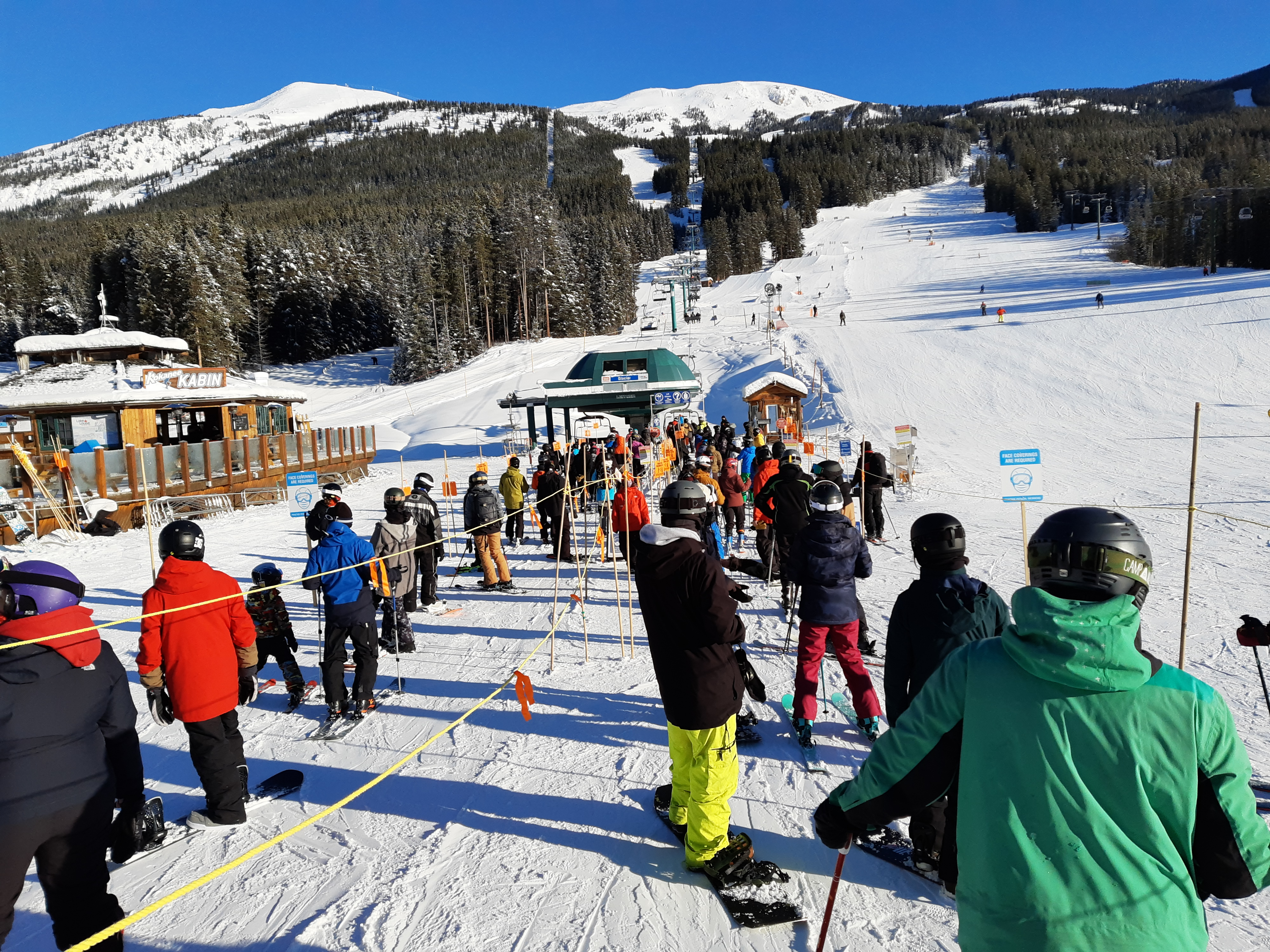 Line up for Glacier Chair