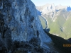 Looking-around-the-cliff-onto-Grassi-