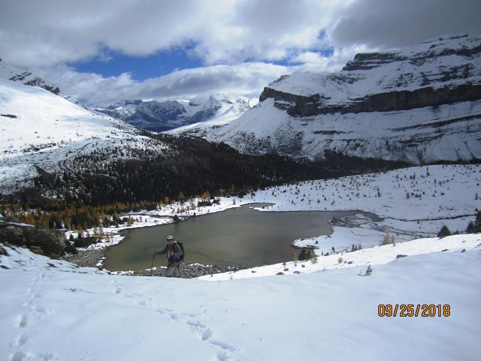 3315-deep-snow-up-to-the-ridge-tarn-below
