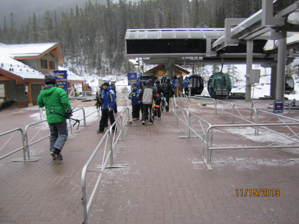 Loading line for the Gondola