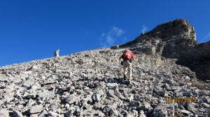 Scree Rubble up to the summit of Litle Lougheed