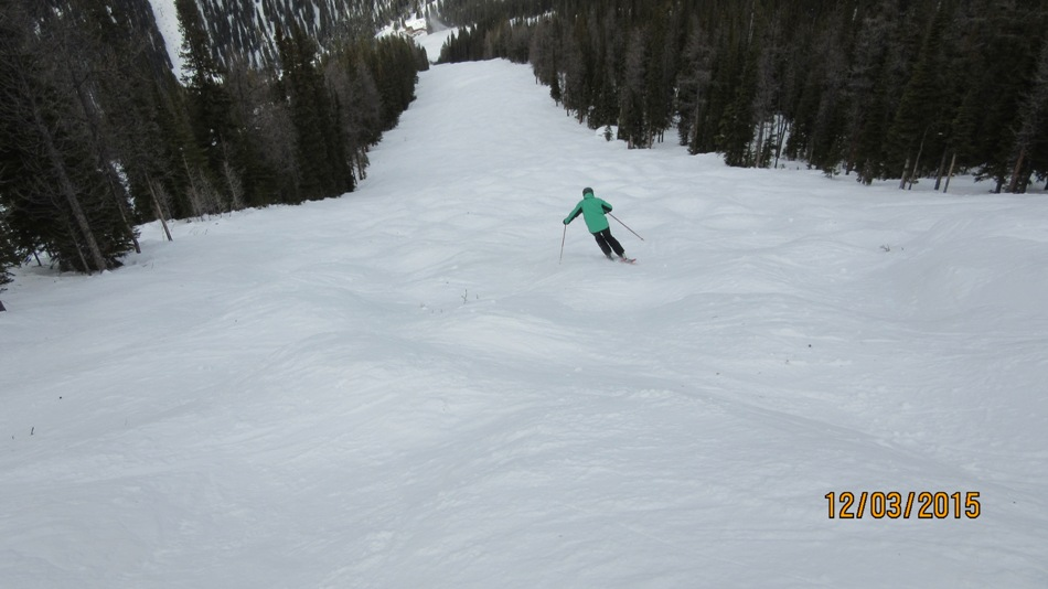 Gary heading down a Larch Poma run