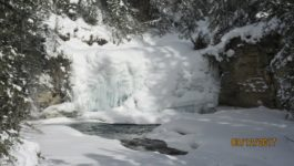 Johnston Canyon Winter Walk